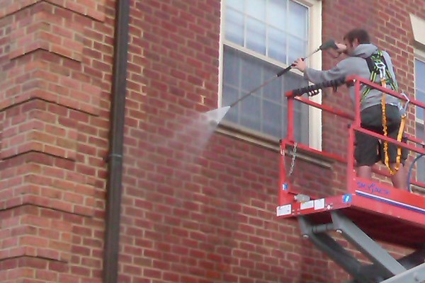 Commercial Brick Building Power Washing by PSI Property Services in Washington DC Metro Area